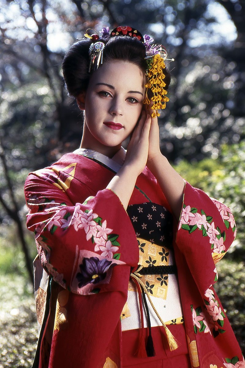 Fotoshooting mit Blümchen, Jasmin Wagner, 1997 in Tokio